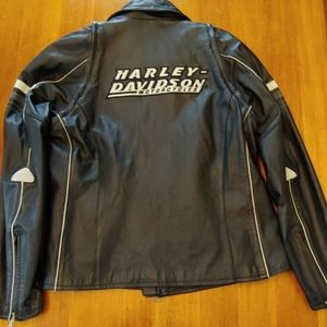 🔥Harley Davidson leather convertible jacket 🔥